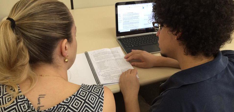 Auxiliar no processo de escrita